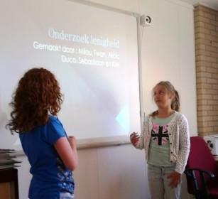 Oranje Nassauschool Zandvoort-Milou en Alicia - Copy